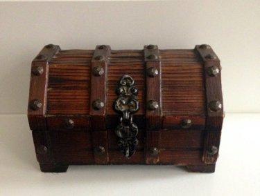 WOOD TREASURE BOX
